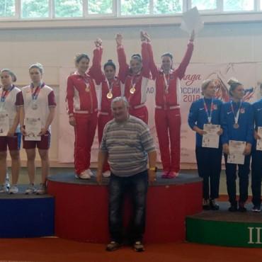 Первые медали нового фехтовального сезона