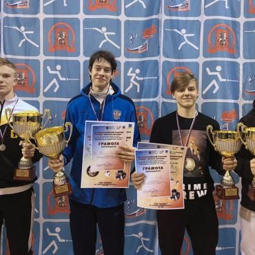 Рапиристы завоевали золото и бронзу на турнире «Юность Москвы»