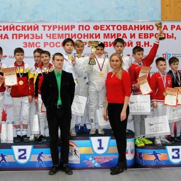 Курские награды юных рапиристов