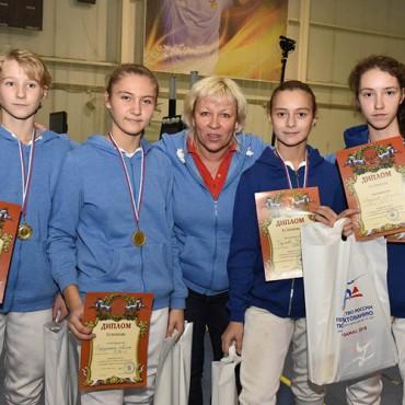 Букет наград петербургских рапиристов на Первенстве России среди спортсменов в возрасте до 15 лет