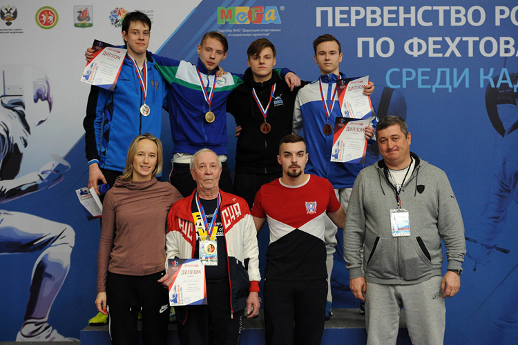 Серебро и бронза рапиристов на Первенстве России среди кадетов