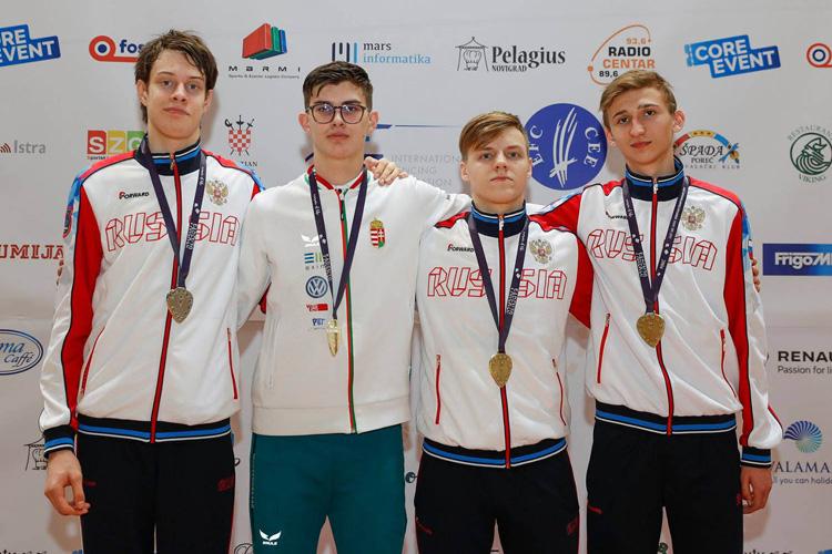 Три петербургские медали в Порече