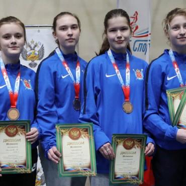 Первенство России среди кадетов: бронза команды саблисток