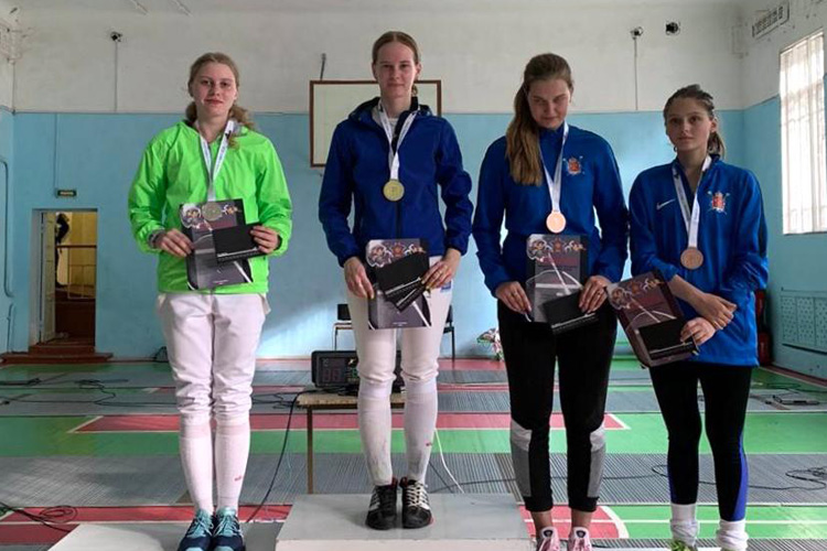 Первые медали юниоров